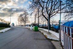 Cinarcik夏天镇街道-土耳其 免版税库存图片