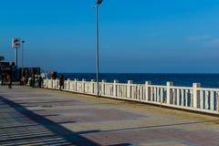 Cinarcik镇-土耳其人们和街道  免版税库存照片