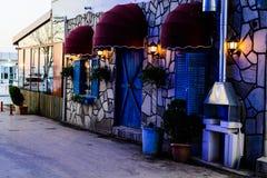Cinarcik-Stadt am Abend Stockbilder