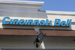 Cincinnati - Circa Mei 2017: De Klok Kleinhandels van Cincinnati plaats Van de consument De Klok van Cincinnati biedt landline, e royalty-vrije stock foto's