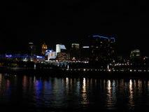 Cincinnati på natten Fotografering för Bildbyråer