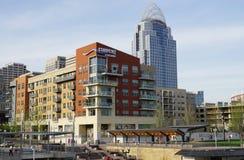Cincinnati van de binnenstad, de Koningin City stock foto's