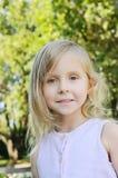 Cinco años de la muchacha Fotos de archivo libres de regalías