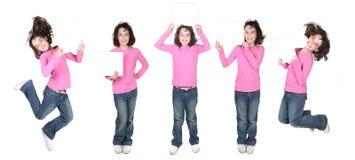 Cinco actitudes de un niño que lleva a cabo una muestra en blanco Imagen de archivo
