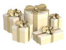 Cinco caixas com os presentes, prendidos por fitas Imagens de Stock