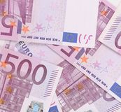 Cinco cem euro- notas. Textura inteira do fundo Fotos de Stock