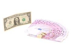 Cinco cem fãs e notas de dólar do euro. Imagem de Stock