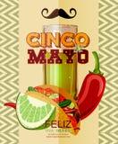 cinco de mayo 与龙舌兰酒,辣椒,炸玉米饼的海报 免版税库存照片
