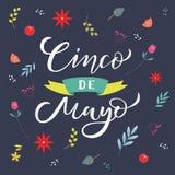 Cinco de Mayo que pone letras al texto con las flores r Cita de la tipograf?a para la tarjeta de felicitaci?n, cartel, invitaci?n ilustración del vector