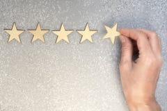 Cinco estrelas de madeira Foto de Stock Royalty Free