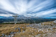 Cinco fingeres que ven la plataforma en las montañas, Austria, espectacular Fotos de archivo libres de regalías
