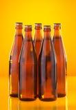 Cinco frascos com cerveja Imagem de Stock