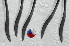 Cinco palillos de hockey y el duende malicioso checo Fotos de archivo