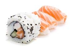Cinco pedazos de sushi Imagen de archivo libre de regalías