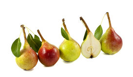 Cinco peras frescas na linha Fotos de Stock Royalty Free