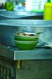 Cinco platos sucios Imagen de archivo