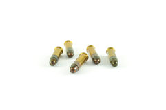 Cinco redondos de veintidós .22) munición del calibre ( Fotografía de archivo