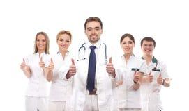 Cinco trabalhadores médicos caucasianos novos junto Imagem de Stock