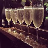 Cinco vidrios con champán Fotos de archivo libres de regalías