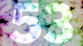 Cincuenta y dos a cincuenta y tres años de cumpleaños se descoloran la animación de in/out con el fondo de mudanza del bokeh de l ilustración del vector