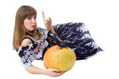Cinderella abbastanza giovane con la barretta in su Fotografia Stock