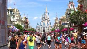 Cinderella Castle Walt Disney World Det magiska kungariket parkerar, Orlando USA arkivfilmer