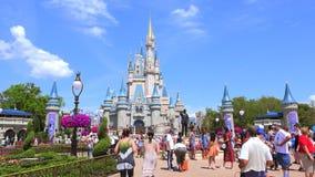 Cinderella Castle, Walt Disney World Parque mágico del reino, Orlando EE.UU. metrajes