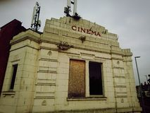Cinema abandonado Fotos de Stock