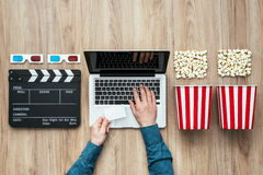 Cinema scorrente online Fotografia Stock Libera da Diritti
