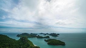 Cinemagraph van Timelapse van Tropische Eilanden in Angthong Nationale Marine Park in Thailand stock video