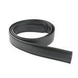 Cinghia di cuoio nera isolata sul bianco Fotografia Stock Libera da Diritti