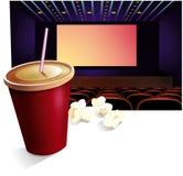 Cinéma, boisson, maïs éclaté Photo stock
