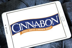 Cinnabon bakery restaurant logo. Logo of Cinnabon bakery restaurant on samsung tablet Stock Photography