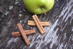 Cinnamomum verum, cinnamon sticks Stock Photos