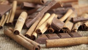 Cinnamon and chokolate Royalty Free Stock Photos