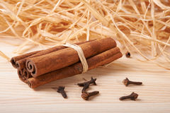 Cinnamon and clove Royalty Free Stock Photography