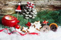 Cinnamon stars and Christmas decoration Royalty Free Stock Images