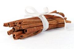 Free Cinnamon Sticks Royalty Free Stock Photos - 16976658