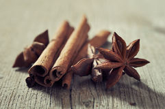 Cinnamon sticks with anis stars Royalty Free Stock Images