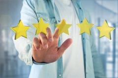 Cinq étoiles jaunes sur une interface futuriste - rendu 3d Image libre de droits