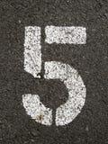 Cinq image libre de droits