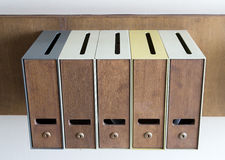 Cinq boîtes aux lettres Photos libres de droits
