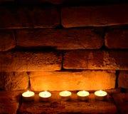 Cinq bougies de thé Images stock