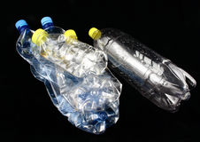 Cinq bouteilles en plastique Images libres de droits