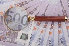 Cinq cents euro et boucle Photographie stock
