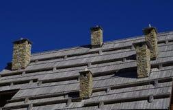 Cinq cheminées en pierre Photographie stock libre de droits
