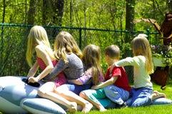 Cinq enfants Photo libre de droits