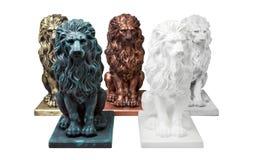 Cinq sculptures concrètes des lions Photo libre de droits