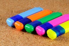 Cinq stylos de barre de mise en valeur Photos stock