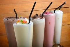 Cinq types de boisson de milkshake Photos stock